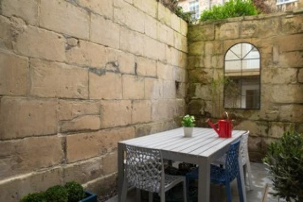 Private Courtyard for Alfresco Dining
