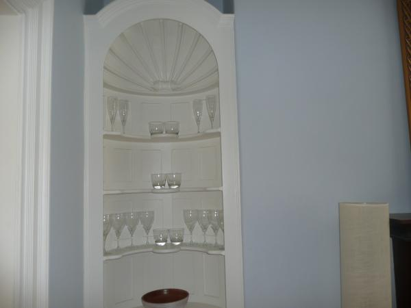 Period feature alcove