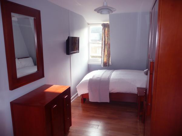 The second double bedroom
